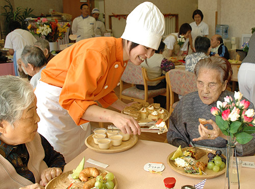 福祉・介護施設の給食サービス